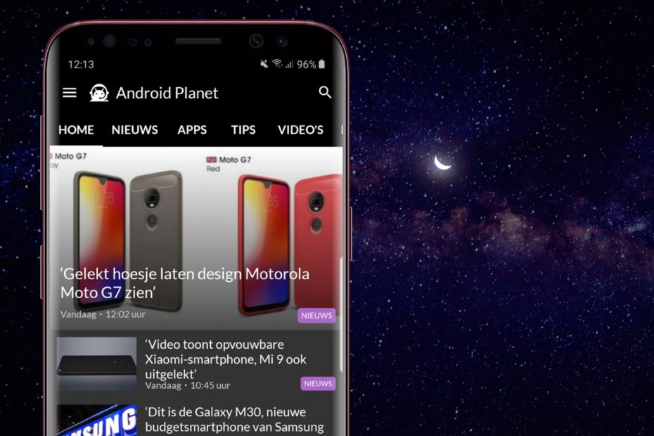 Samsung Galaxy S10 image and Motorola Moto G7 - Free to Download APK