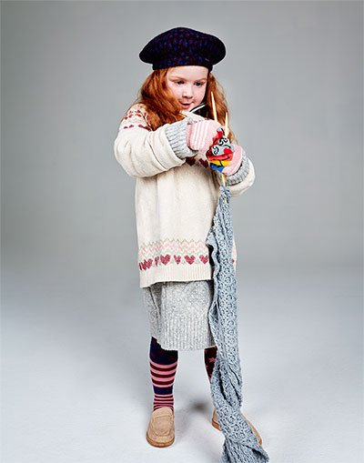 shopping-woolly-clothes-child-winter-warm